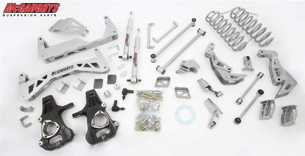"MCG50725 7"" Premium Lift Kit for 2007-2013 GM SUV 1500 (2WD, Auto Leveling) (Silver Powdercoated)"