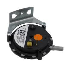 Goodman B1370142 Goodman Pressure Switch .60 Wc B1370142